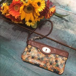 Fossil Key-Per wristlet wallet with card slots